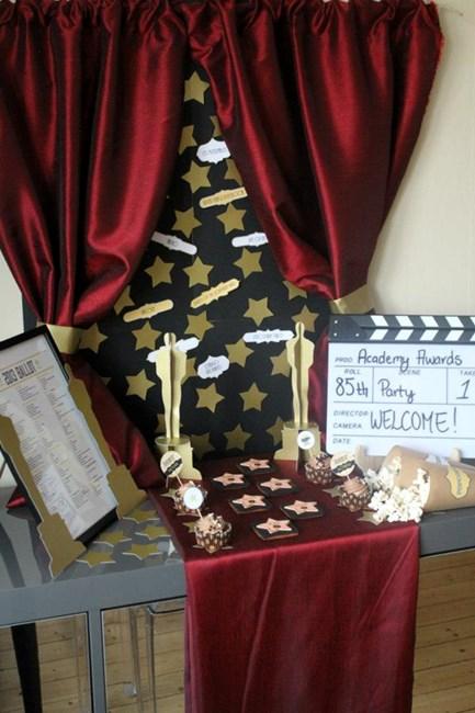 Oscar Party Tablescape